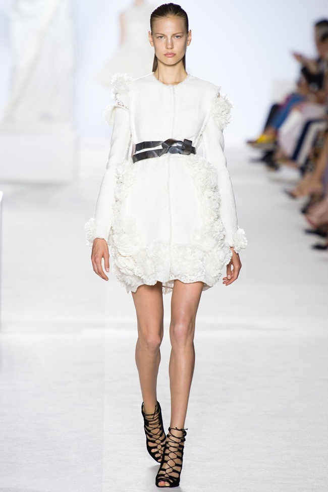 PARIS HAUTE COUTURE Giambattista Valli Fall 2013. www.imageamplified.com, Image Amplified (1)
