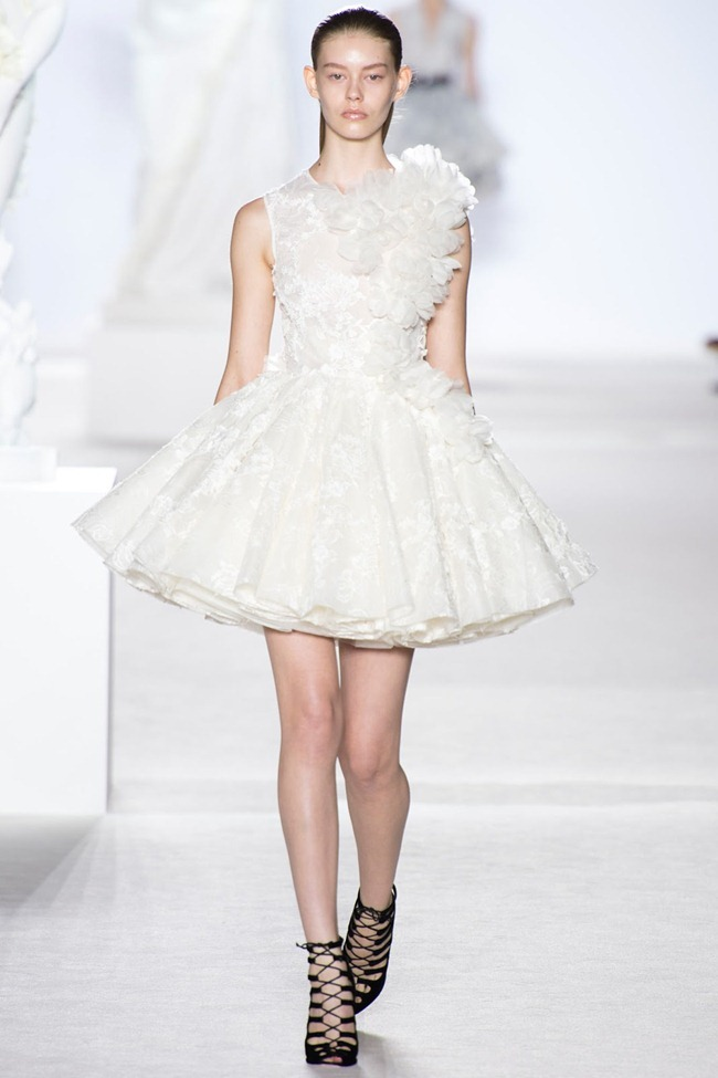 PARIS HAUTE COUTURE Giambattista Valli Fall 2013. www.imageamplified.com, Image Amplified (2)