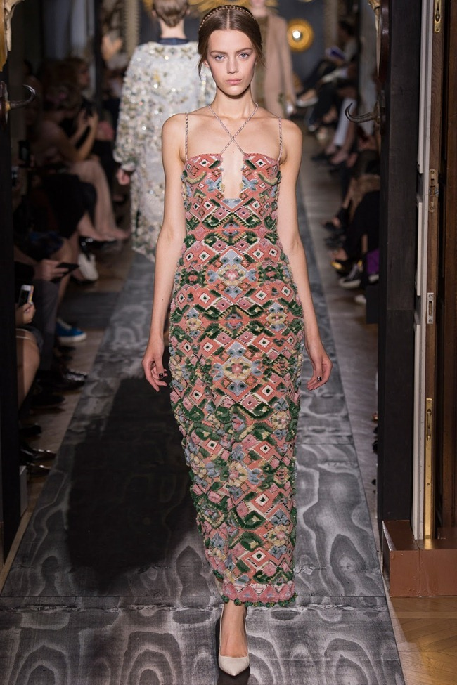 PARIS HAUTE COUTURE- Valentino Fall 2013. www.imageamplified.com, Image Amplified (21)