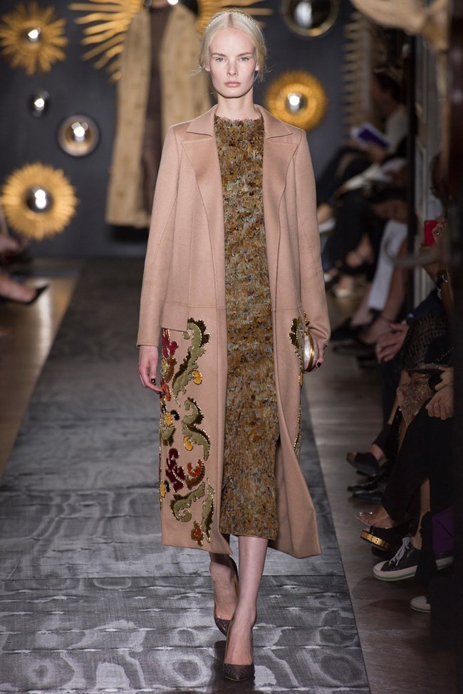 PARIS HAUTE COUTURE- Valentino Fall 2013. www.imageamplified.com, Image Amplified (22)