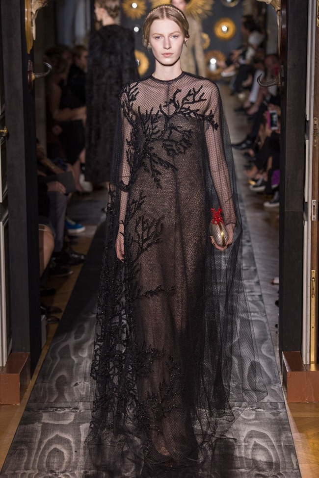 PARIS HAUTE COUTURE- Valentino Fall 2013. www.imageamplified.com, Image Amplified (42)