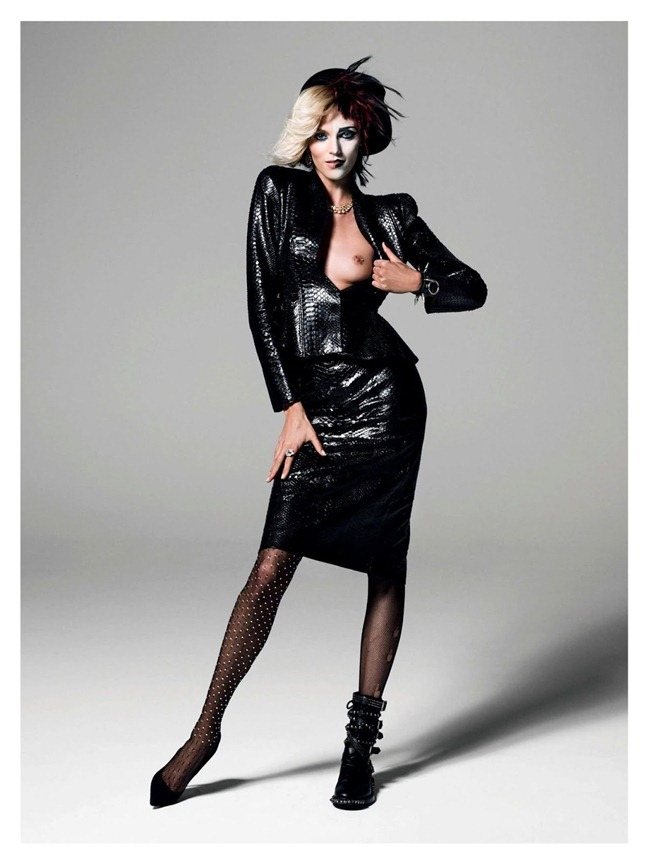 VOGUE PARIS- Anja Rubik in God Save the Queen by Inez & Vinoodh. Emmanuelle Alt, August 2013, www.imageamplified.com, Image Amplified (5)