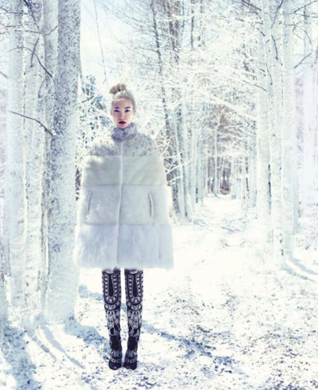 HARPER'S BAZAAR MAGAZINE- Soo Joo in Snow Angel by Miguel Reveriego. Joanna Hillman, September 2013, www.imageamplified.com, Image Amplified (4)