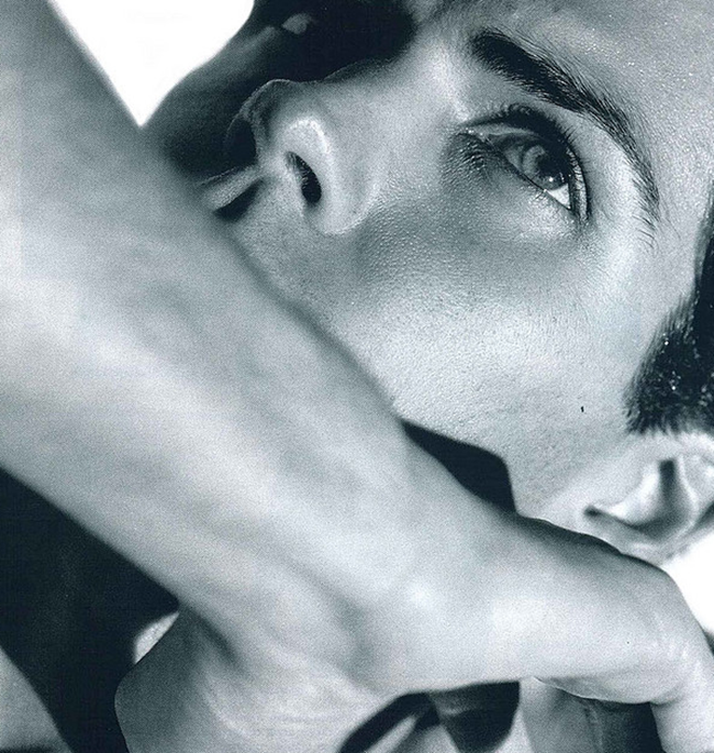 FEATURED MODEL- Roberto Bolle in An Athlete in Tights Pt 2, 2009 by Bruce Weber. www.imageamplified.com, Image Amplified (1)