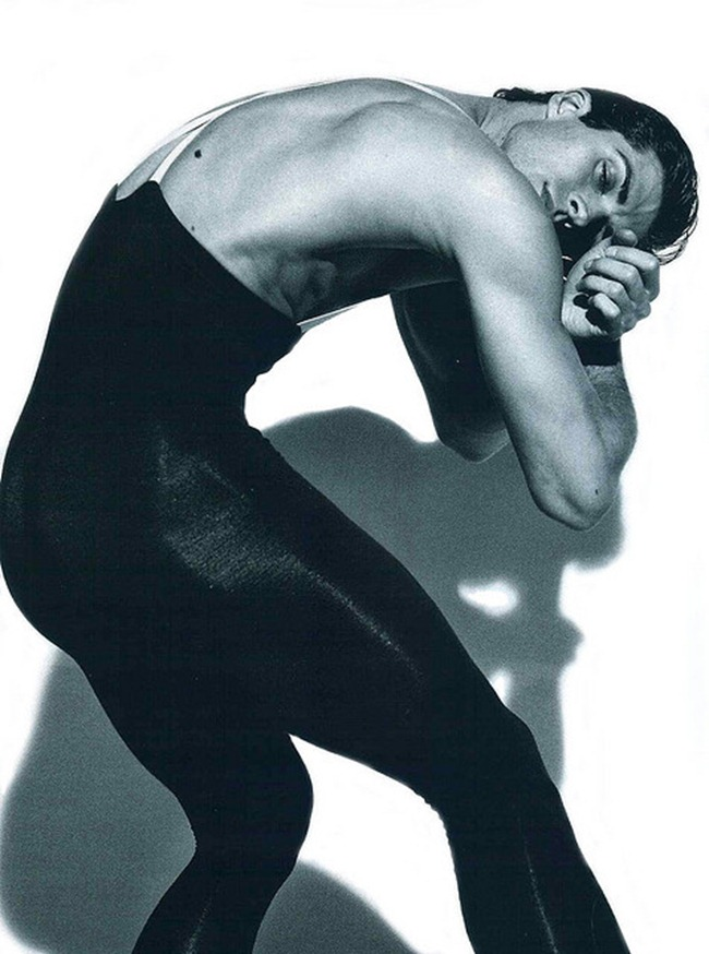 FEATURED MODEL- Roberto Bolle in An Athlete in Tights Pt 2, 2009 by Bruce Weber. www.imageamplified.com, Image Amplified (5)