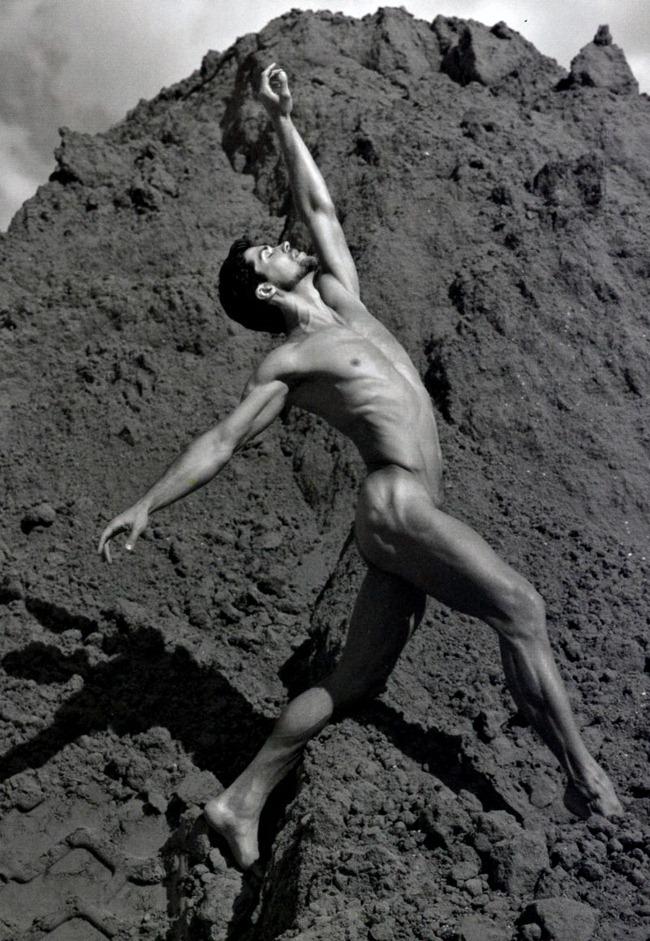 FEATURED MODEL- Roberto Bolle in An Athlete in Tights Pt 2, 2009 by Bruce Weber. www.imageamplified.com, Image Amplified (11)