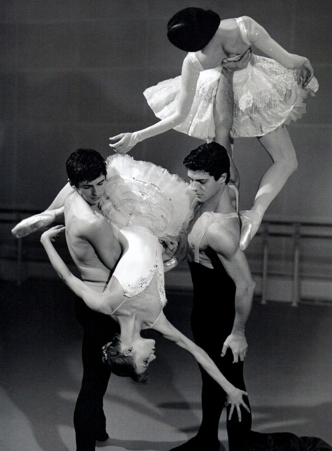 FEATURED MODEL- Roberto Bolle in An Athlete in Tights Pt 2, 2009 by Bruce Weber. www.imageamplified.com, Image Amplified (17)