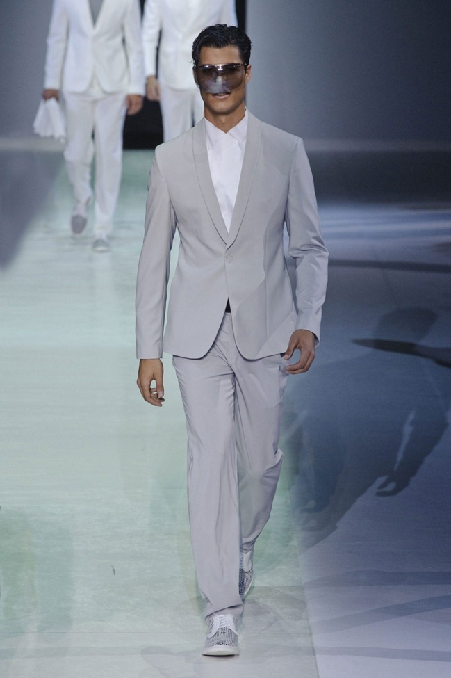 MILAN FASHION WEEK Emporio Armani Men's RTW Spring 2014. www.imageamplified.com, Image Amplified (3)