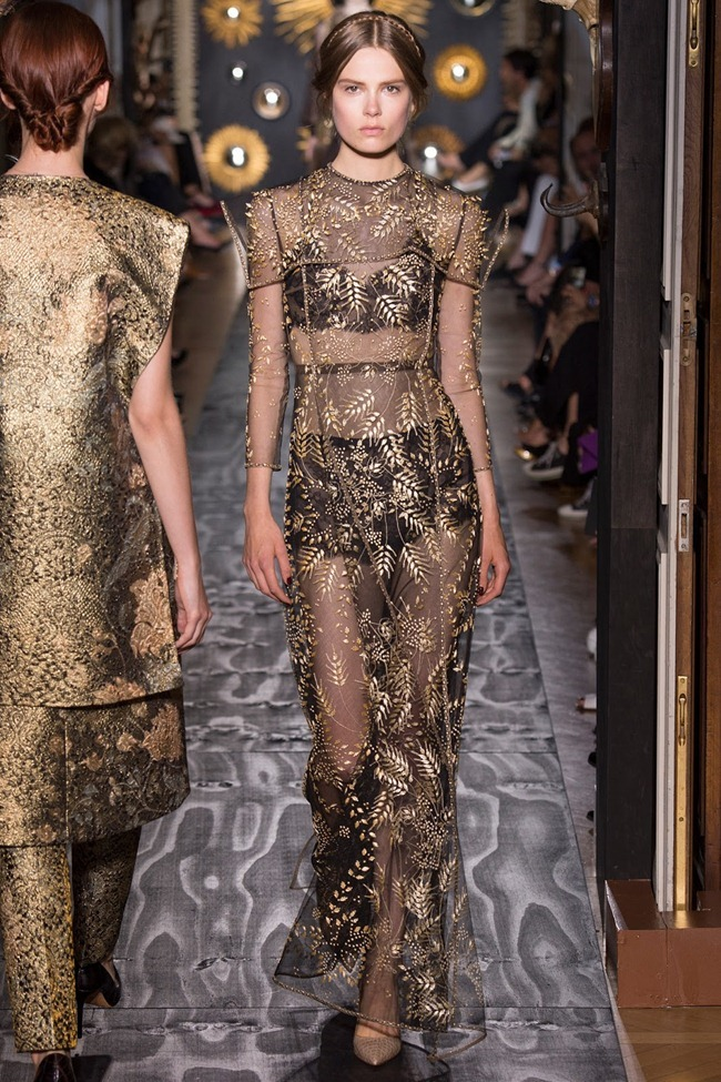PARIS HAUTE COUTURE- Valentino Fall 2013. www.imageamplified.com, Image Amplified (46)