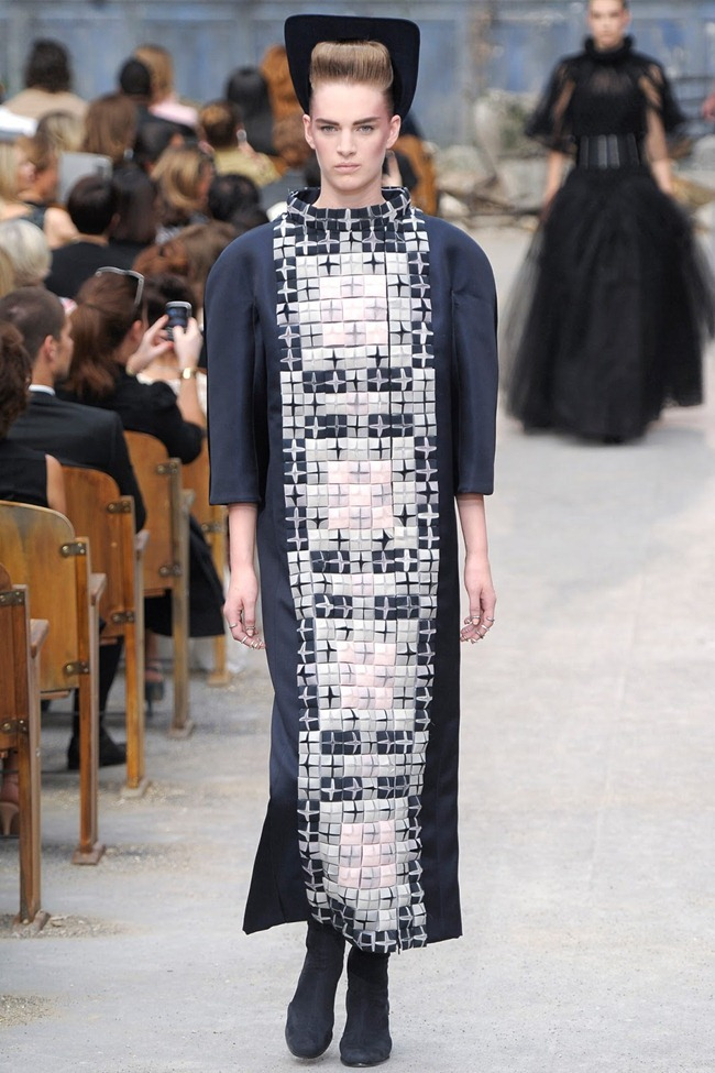 PARIS HAUTE COUTURE Chanel Fall 2013. www.imageamplified.com, Image Amplified (52)