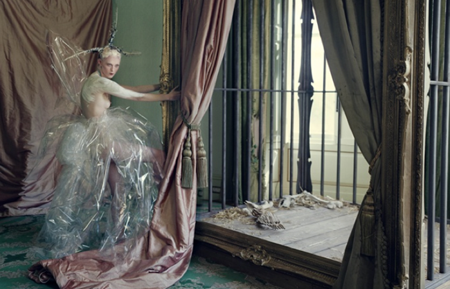 LOVE MAGAZINE- Edie Campbell, Karen Elson & Atlas in Atlas The Lion by Tim Walker. Katie Grand, Fall 2013, www.imageamplified.com, Image Amplified (6)