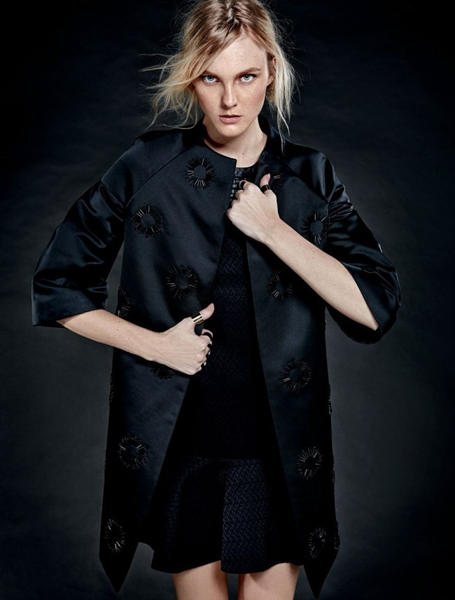 HARPER'S BAZAAR BRAZIL- Caroline Trentini in Jogo de Opostos by Fabio BArtlet. Flavia Lafer, August 2013, www.imageamplified.com, Image Amplified (6)
