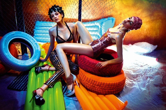 DOLCE VITA MAGAZINE- Nika & Kristina K in Summer Queens by Matúš Tóth. Maria Kokutik, www.imageamplified.com, Image Amplified (7)