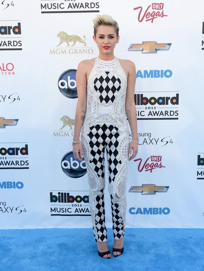 RED CARPET COVERAGE- Billboard Music Awards 2013. www.imageamplified.com, Image Amplifie (14)