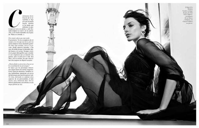 Vogue Spain Jessica Pare In The Incredible Mrs Draper By