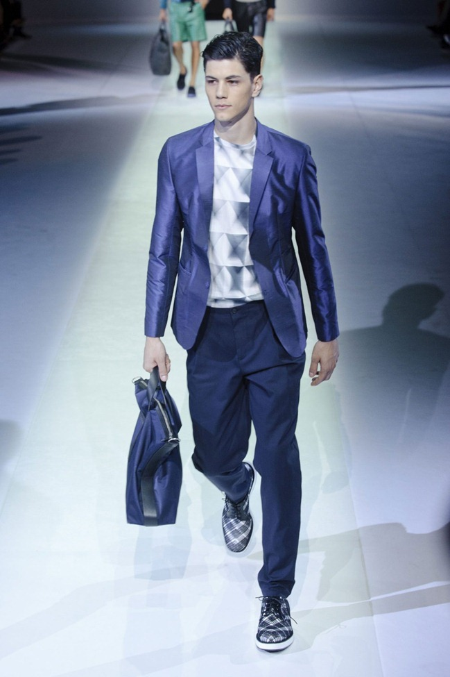 MILAN FASHION WEEK Emporio Armani Men's RTW Spring 2014. www.imageamplified.com, Image Amplified (11)