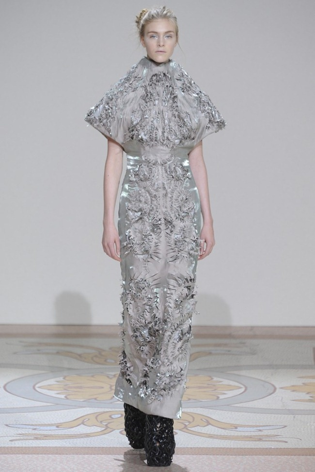 PARIS HAUTE COUTURE- Iris van Herpen Fall 2013. www.imageamplified.com, Image Amplified (2)