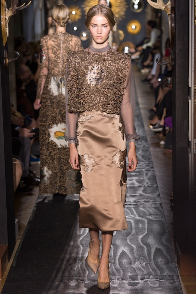 PARIS HAUTE COUTURE- Valentino Fall 2013. www.imageamplified.com, Image Amplified (1)