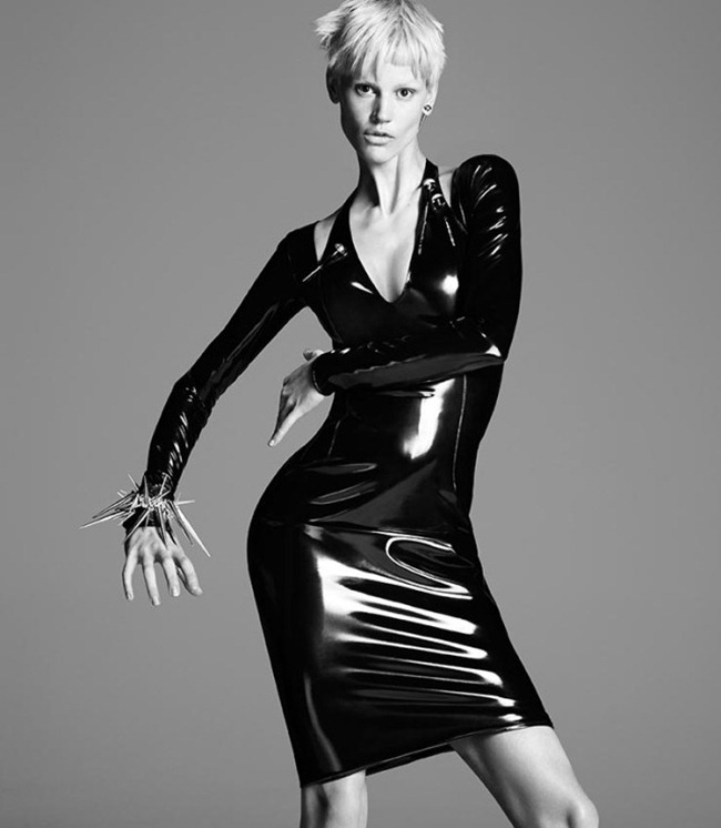 824ccd30b163 CAMPAIGN  Kate Moss   Saskia De Brauw for Versace Fall 2013 by ...