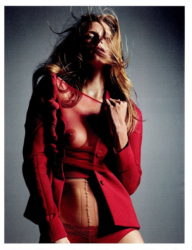 W MAGAZINE- Malgosia Bela in Let's Twist Again by Mario Sorrenti. Panos Yiapanis, September 2013, www.imageamplified.com, Image Amplified (10)