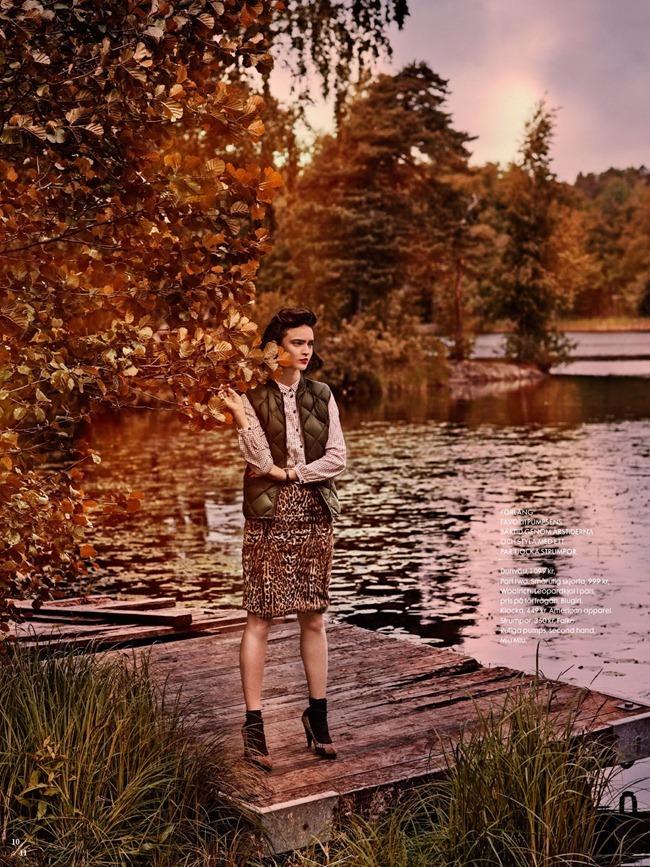 ELLE SWEDEN- Celia Becker in Twin Peaks by Carl Bengtsson. Jenny Fredriksson, September 2013, www.imageamplified.com, Image Amplified (9)