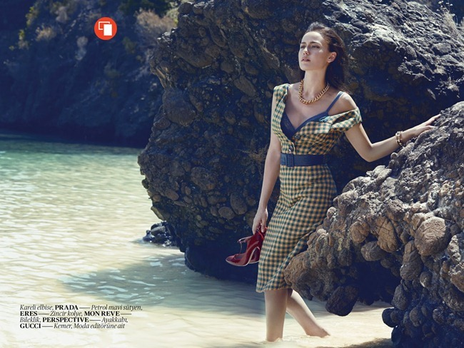 VOGUE TURKEY- Fahriye Evcen by Olaf Wippenfurth, September 2013, www.imageamplified.com, Image Amplified (3)