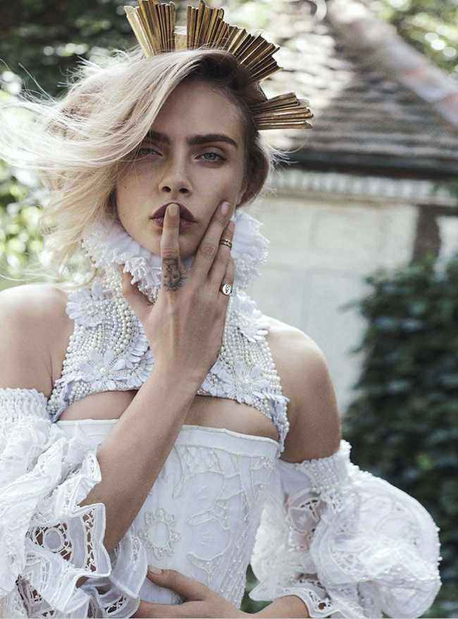 VOGUE AUSTRALIA- Cara Delevigne in Queen Cara by Benny Horne. Christine Centenera, October 2013, www.imageamplified.com, Image Amplified (5)