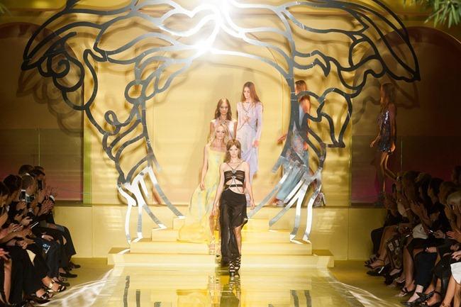 MILAN FASHION WEEK- Versace Spring 2014. www.imageamplified.com, Image Amplified (35)