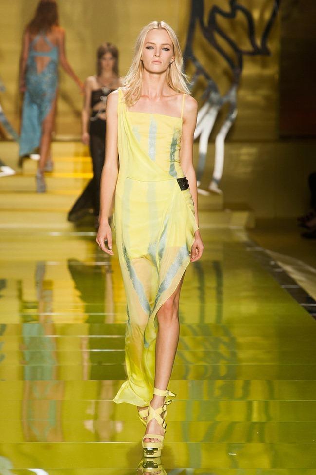 MILAN FASHION WEEK- Versace Spring 2014. www.imageamplified.com, Image Amplified (18)