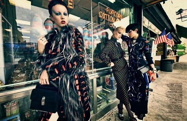 VOGUE RUSSIA Agnes Nabuurs & Charlotte Tomas in Chic Shine Punk by Sebastian Kim. Natasha Royt, October 2013, www.imageamplified.com, Image Amplified (1)