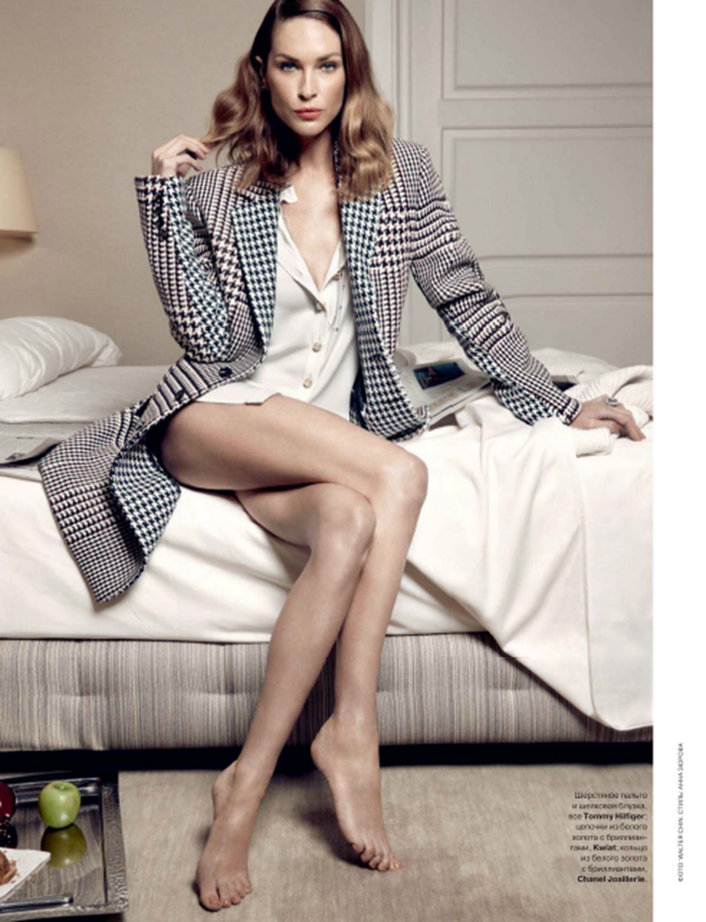 TATLER RUSSIA- Erin Wasson in Morning Post by Walter Chin. Christopher Niquet, October 2013, www.imageamplified.com, Image Amplified (1)