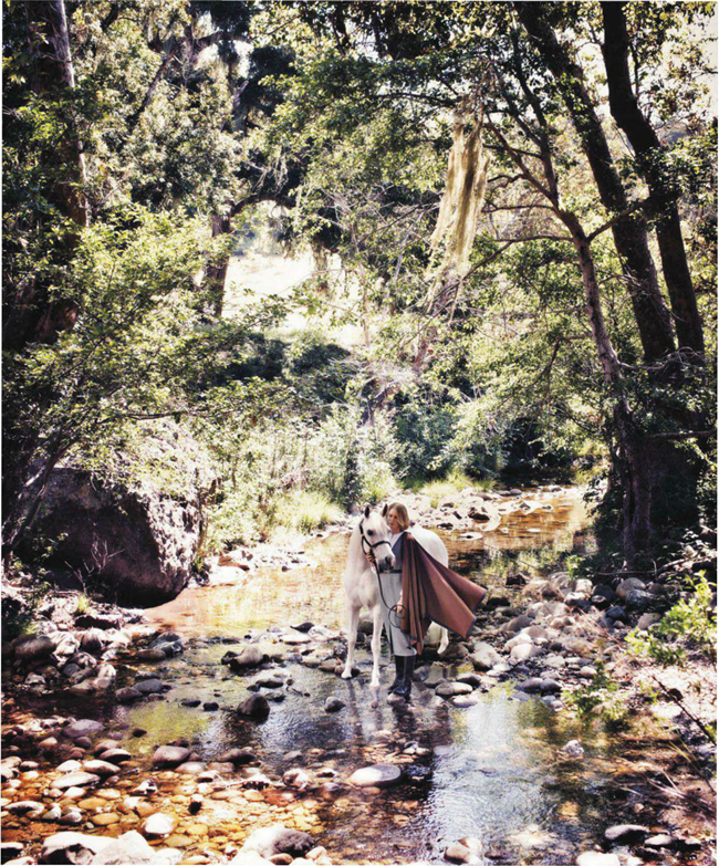 HARPER'S BAZAAR MAGAZINE- Gabriela Perezutti in Wild At Heart by Alexi Lubomirski. Joanna Hillman, October 2013, www.imageamplified.com, Image Amplified (5)