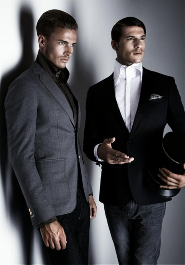 JON MAGAZINE- Stefan Scheenstra & Sander Hoeksma in An Officer and a Gentleman by Martijn Senders. Juan Velazquez Caceres, www.imageamplified.com, Image Amplified (1)