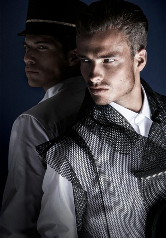 JON MAGAZINE- Stefan Scheenstra & Sander Hoeksma in An Officer and a Gentleman by Martijn Senders. Juan Velazquez Caceres, www.imageamplified.com, Image Amplified (2)
