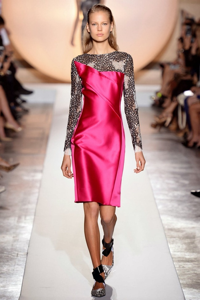 PARIS FASHION WEEK- Roland Mouret Spring 2014. www.imageamplified.com, Image Amplified (25)