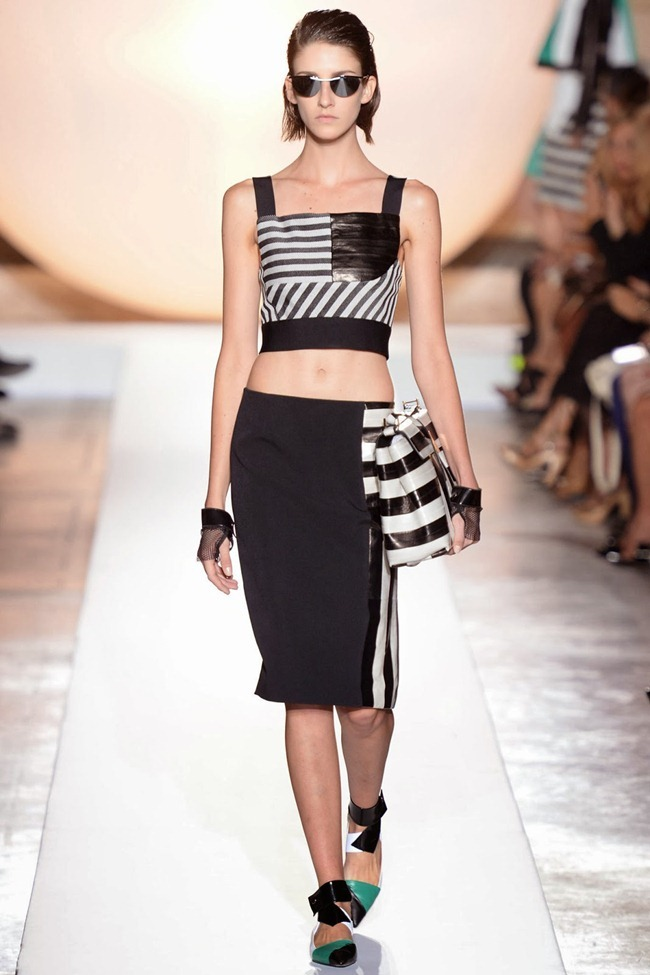 PARIS FASHION WEEK- Roland Mouret Spring 2014. www.imageamplified.com, Image Amplified (1)