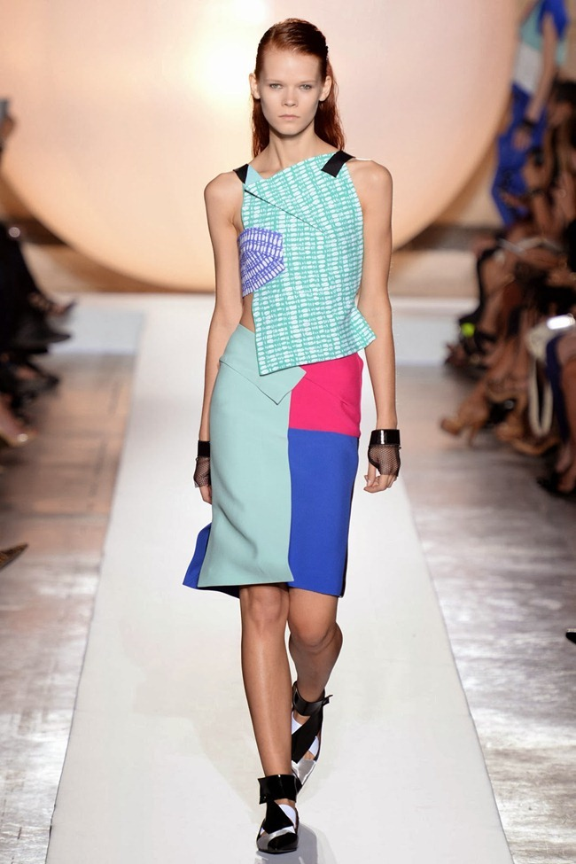 PARIS FASHION WEEK- Roland Mouret Spring 2014. www.imageamplified.com, Image Amplified (19)
