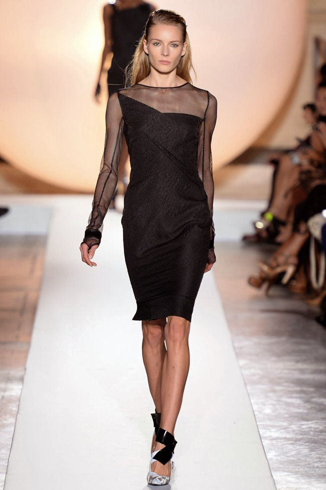 PARIS FASHION WEEK- Roland Mouret Spring 2014. www.imageamplified.com, Image Amplified (31)