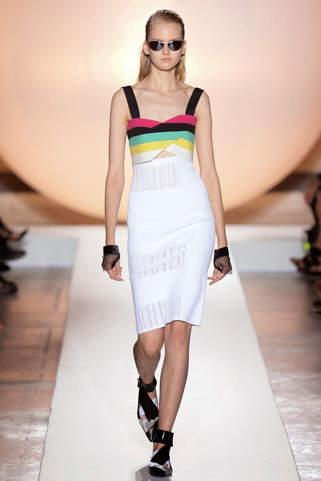 PARIS FASHION WEEK- Roland Mouret Spring 2014. www.imageamplified.com, Image Amplified (7)