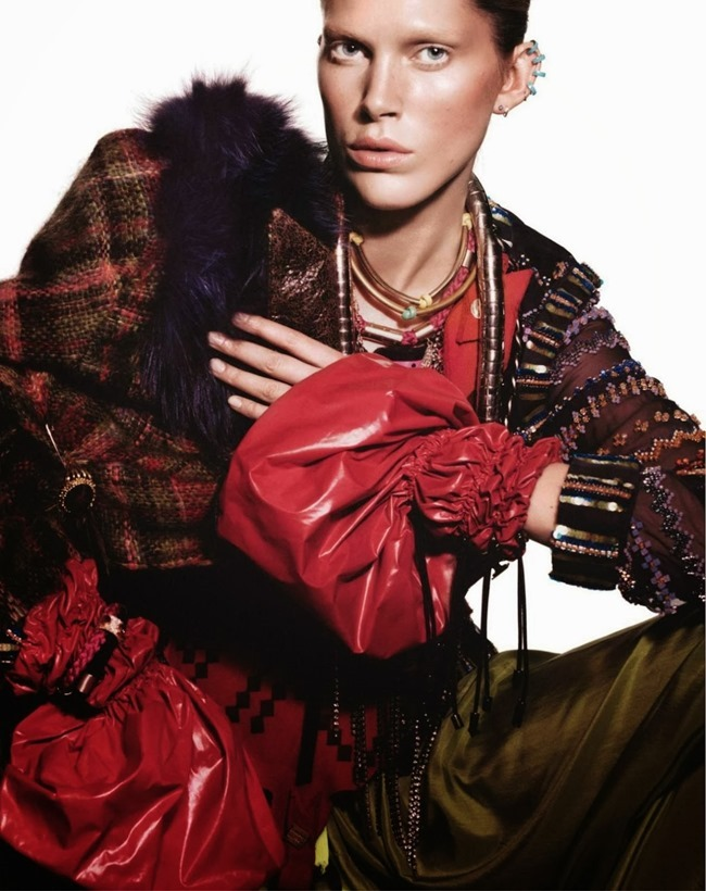 VOGUE PARIS- Iselin Steiro in Tribal by David Sims. Marie Chaix, October 2013, www.imageamplified.com, Image Amplified (6)
