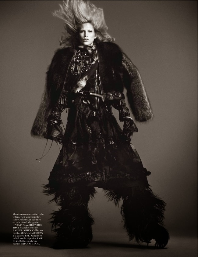 VOGUE PARIS- Iselin Steiro in Tribal by David Sims. Marie Chaix, October 2013, www.imageamplified.com, Image Amplified (1)