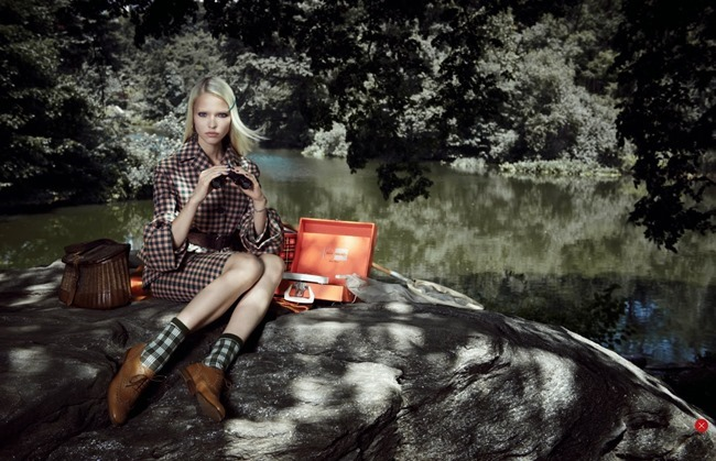 VOGUE CHINA- Sasha Luss in Checkmate by Max Vadukul. Nicoletta Santoro, October 2013, www.imageamplified.com, Image Amplified