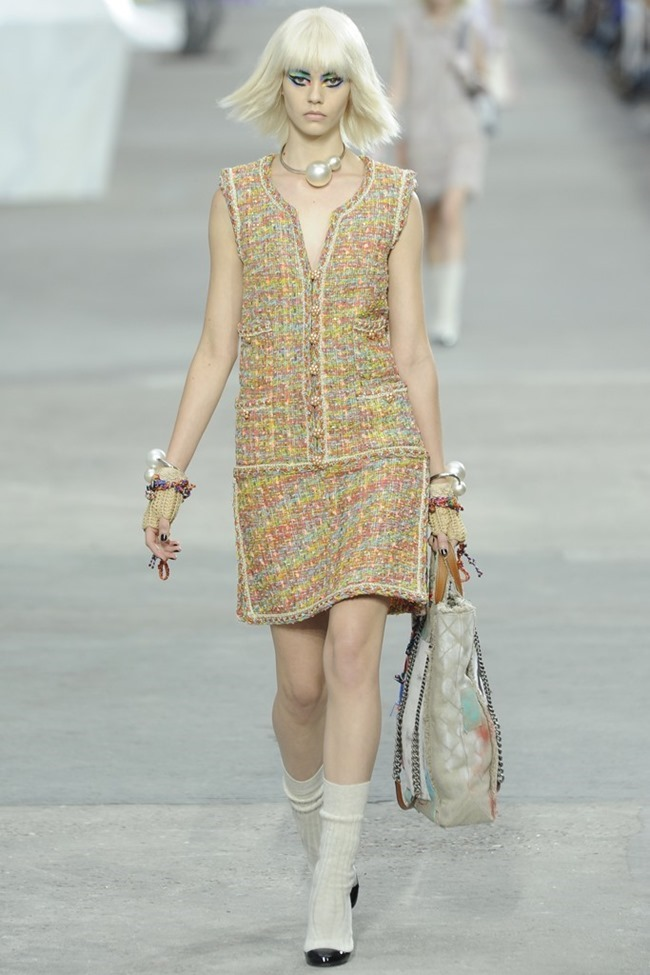 PARIS FASHION WEEK- Chanel Spring 2014. www.imageamplified.com, Image Amplified (2)