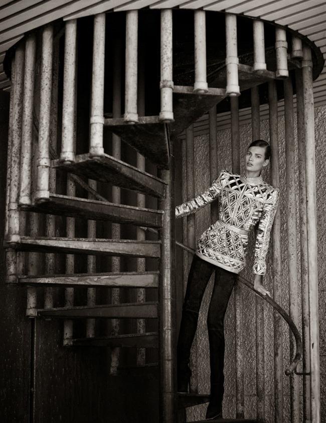 ELLE FRANCE- Bette Franke by Thomas Whiteside. Jeanne le Bault, September 2013, www.imageamplified.com, Image Amplified (1)