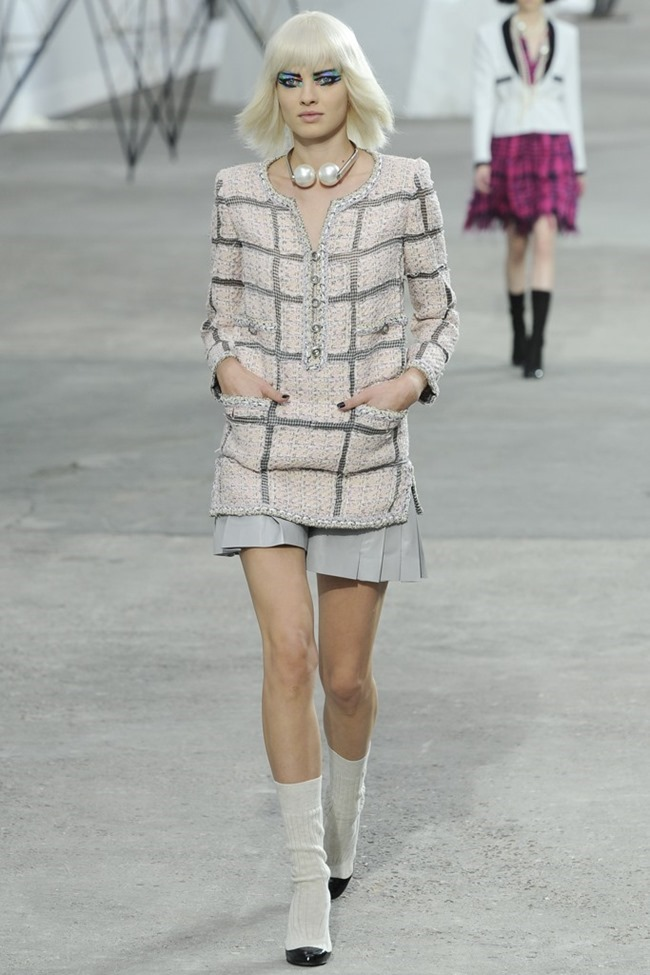 PARIS FASHION WEEK- Chanel Spring 2014. www.imageamplified.com, Image Amplified (10)