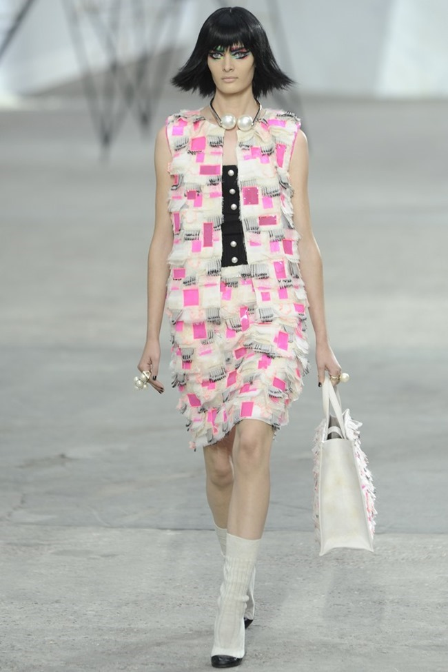 PARIS FASHION WEEK- Chanel Spring 2014. www.imageamplified.com, Image Amplified (86)