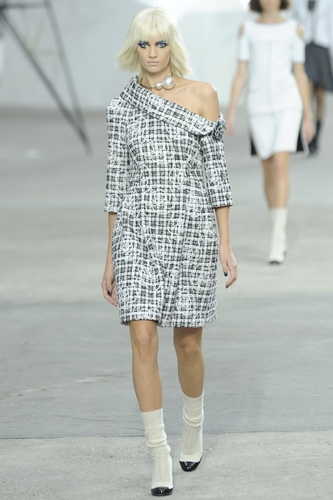 PARIS FASHION WEEK- Chanel Spring 2014. www.imageamplified.com, Image Amplified (33)