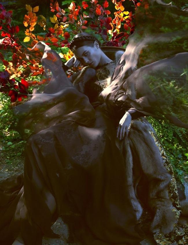 VOGUE ITALIA- Jac Jagaciak by Camilla Akrans. September 2013, www.imageamplified.com, Image Amplified