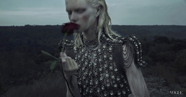 VOGUE ITALIA- Alyona Subbotina in An Accidental Fall by An Le. Phuong My, Fall 2013, www.imageamplified.com, Image Amplified (6)