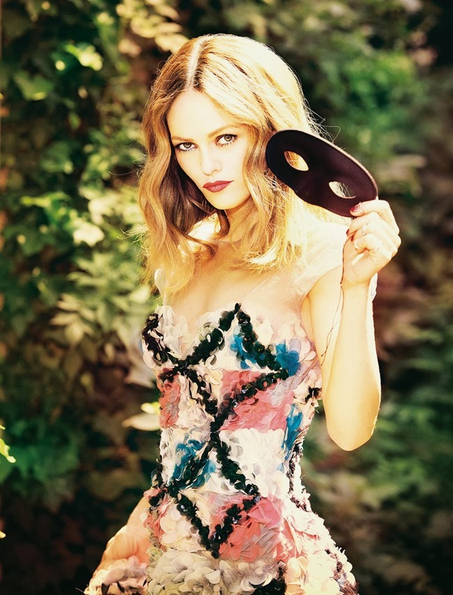 MADAME FIGARO FRANCE- VAnessa Paradis by Ellen von Unwerth. October 2013, www.imageamplified.com, Image Amplified (6)